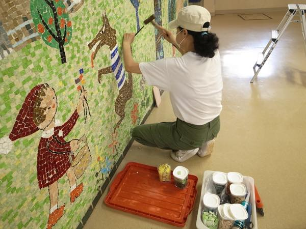 タイルモザイク壁画補修工事 幼稚園 のがたモザイク工房