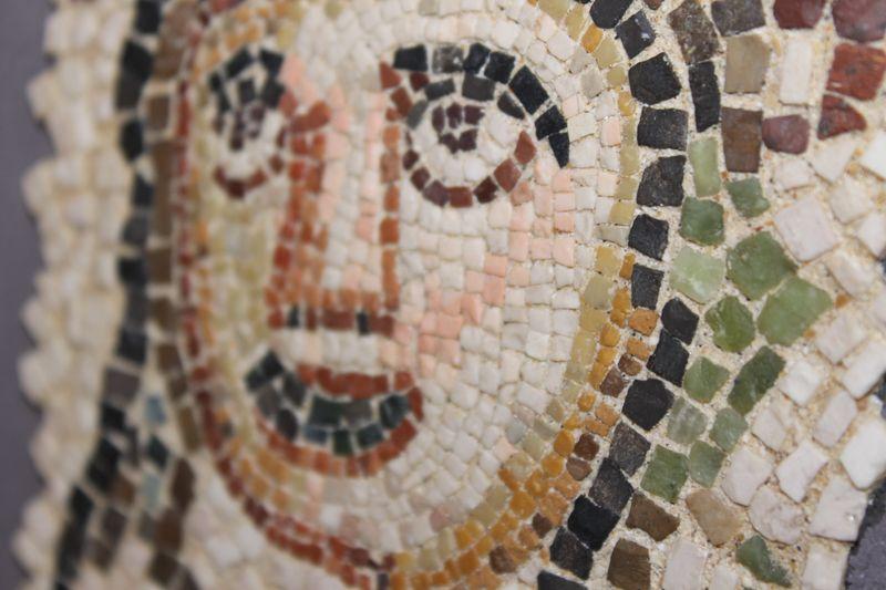ギリシャ・ローマ伝統のマイクロモザイク