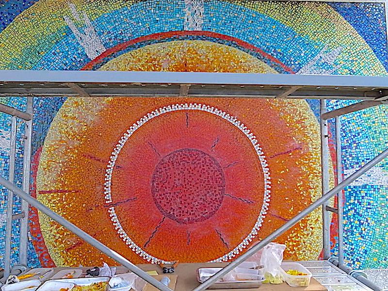 ガラスモザイク壁画修復工事 のがたモザイク工房