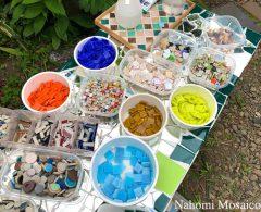 制作風景>GW外遊び!庭で作って楽しむ植木鉢モザイクアートWS