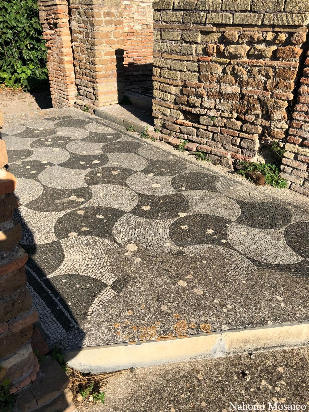 古代ローマの石畳デザイン オスティア・アンティーカ